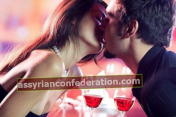 L'arte del bacio sensuale!