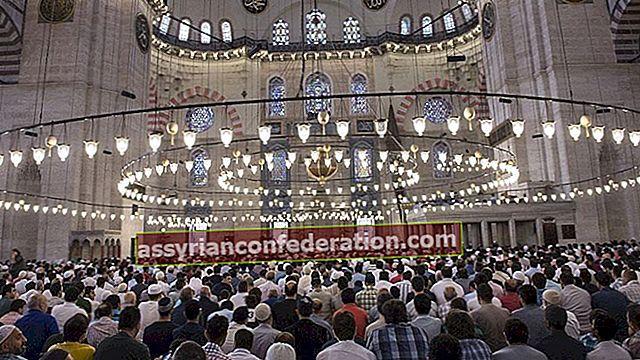 Apa artinya berdoa dalam mimpi? Arti melihat kamu sholat di masjid dalam mimpi