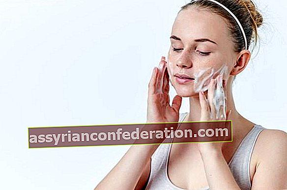 Consigli corretti per la pulizia del viso