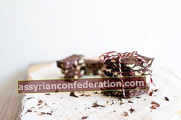 Incontra i vantaggi sconosciuti del cioccolato fondente